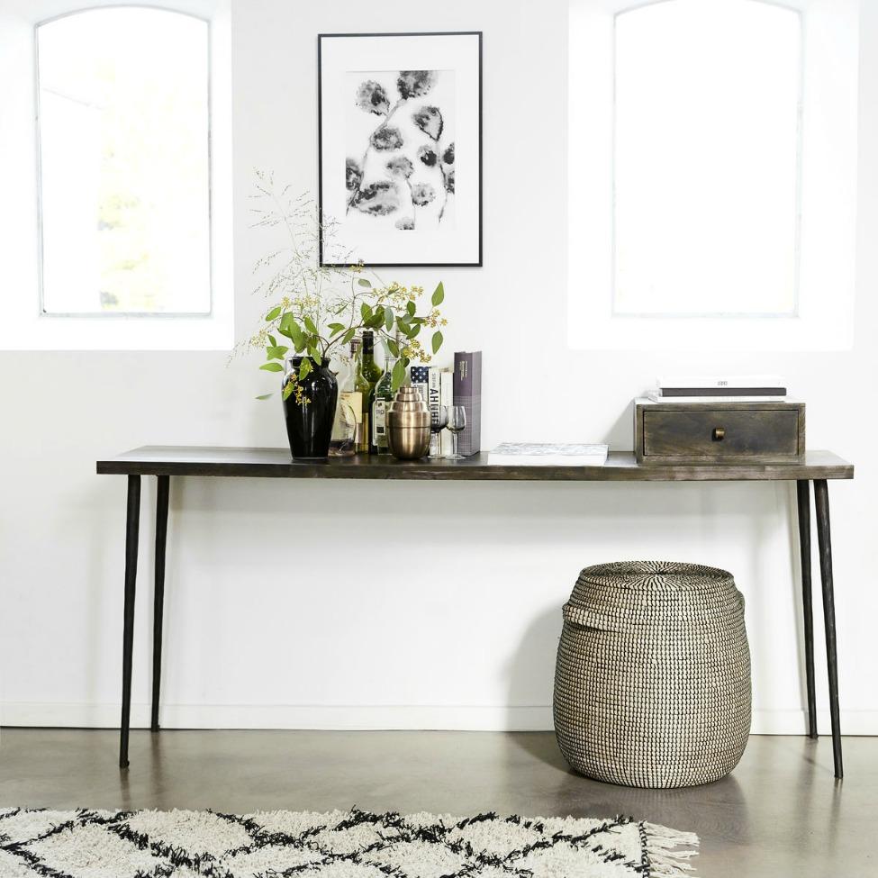 sidobord club svart reforma sthlm. Black Bedroom Furniture Sets. Home Design Ideas