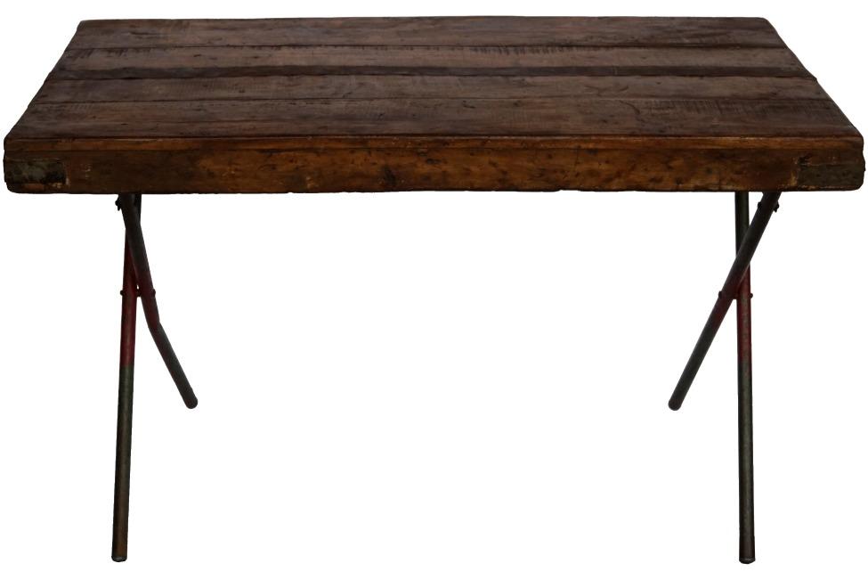 Kryssbensbord - Rusikt trä